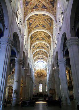 lucca_cattedrale_di_san_martino_-_interno